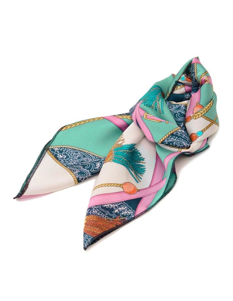 タッセル柄スカーフ