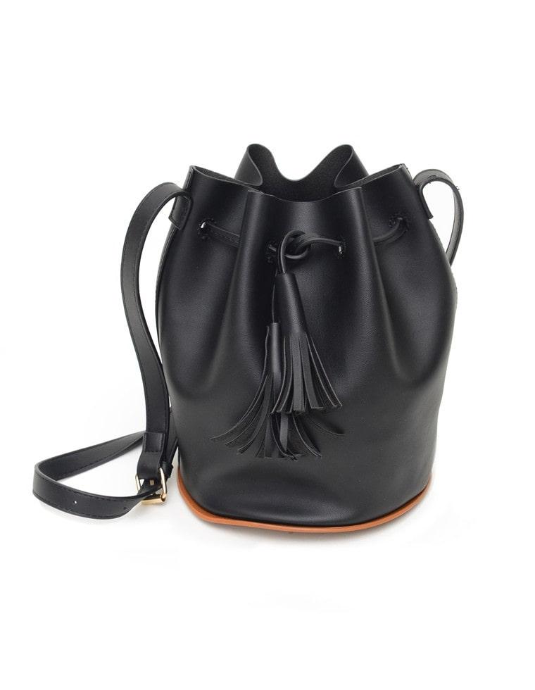 タッセルフリンジ巾着バッグ