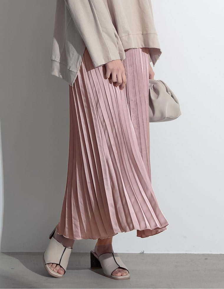 Re:EDIT‐リエディ ミディアム丈サテンプリーツスカート